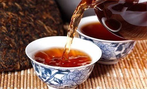 高血压患者禁止喝浓茶