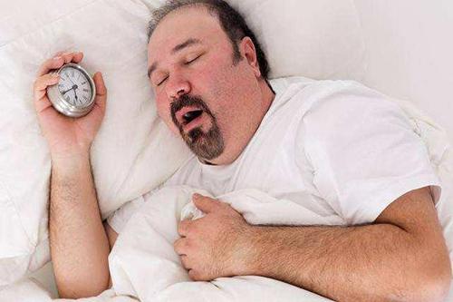 睡眠问题引起血压高低不稳定