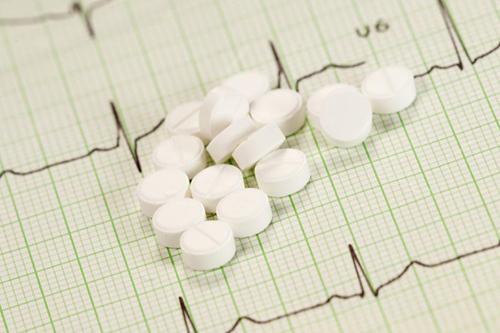 高血压夏天可不吃药吗