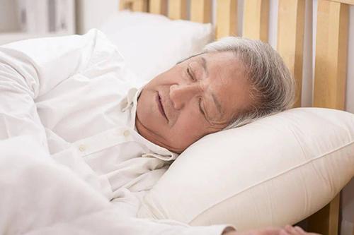 高血压饭后不能立即睡觉