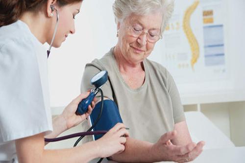 电子血压计测血压
